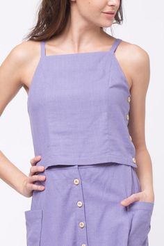 Halter top with buttons at the side. Cropped Harrie Cami by Movint. First Day Of Summer, Cropped Cami, Shirt Blouses, Shirts, Crop Tops, Tank Tops, Shirt Outfit, Basic Tank Top, Rompers
