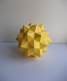 https://flic.kr/p/bijxtM   Duckyball   Explored! 90 Duck units Truncated Icosahedron Designer: Francesco Mancini Folder: Francesco Mancini Paper: Copy Unit size: A