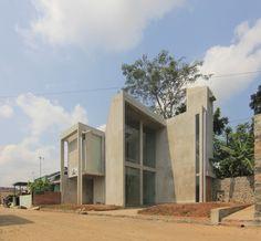 House at Purwokerto - Akbar Hantar Architects & Associates - 2014-2015