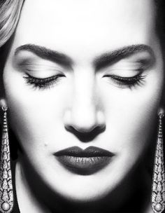 Kate Winslet by Miguel Reveriego per Vogue Spagna