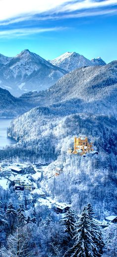 Scenic View of Hohenschwangau Castle a 19th-century palace in southern Germany.  It was the childhood residence of King Ludwig ll of Bavaria and was built by his father, King Maximilian ll of Bavaria.  It is located in the German village of Hohenschwangau in southwestern Bavaria, Germany, very close to the border with Austria.  Photo: amongraf.ro/castlesgermany