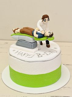 Dentist Cake Wow .. its amazing what you can find while searching out images for porcelain veneers and more