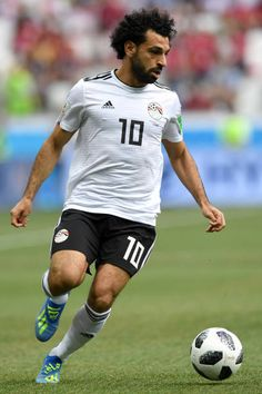 Mohamed Salah of Egypt runs with the ball during the 2018 FIFA World Cup Russia group A match between Saudia Arabia and Egypt at Volgograd Arena on. Mohamed Salah, Salah Liverpool, Liverpool Fc, World Football, Men's Football, All Star, Nations Cup, Mo Salah, Club World Cup