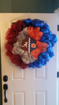 Check out this item in my Etsy shop https://www.etsy.com/listing/202248783/house-divided-wreath-any-team
