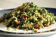 Tabouli Recipe (Middle Eastern bulgur and parsley salad) Middle Eastern Salads, Middle Eastern Recipes, Heart Healthy Recipes, Vegetarian Recipes, Cooking Recipes, Vegetarian Dish, Herb Recipes, Parsley Recipes, Easy Recipes