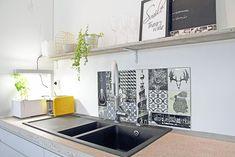 Nuoren perheen moderni ja kompakti omakotitalo | Oikotie - Kotiin Kitchen Island, Sink, Home Decor, Island Kitchen, Sink Tops, Vessel Sink, Decoration Home, Room Decor, Vanity Basin
