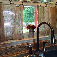 Diy rustic curtain rods ideas delightful decoration alluring primitive curtains for kitchen designs with best rustic Primitive Curtains, Burlap Curtains, Burlap Kitchen Curtains, Cheap Curtains, Affordable Home Decor, Cheap Home Decor, Diy Home Decor, Rideaux Boho, Rustic Curtain Rods
