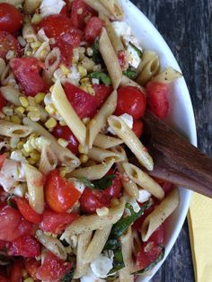 Simplest Tomato, Corn, Basil and Mozzarella Pasta Salad. Could not be easier, or more delicious, and If this isn't summertime eating at its finest I don't know what is. From themom100.com
