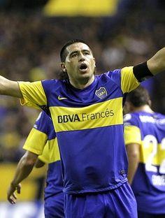 Riquelme, Boca Juniors (Foto: EFE) La magia del Futbol en los pies de Juan Román Riquelme. JR.