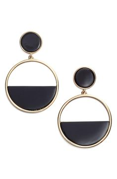 Loving these black & white mod-chic earrings from Kate Spade!