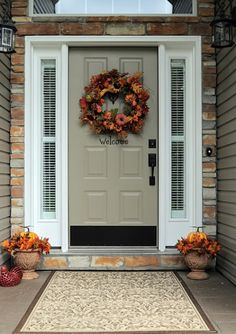 60 Pretty Autumn Porch Décor Ideas   DigsDigs