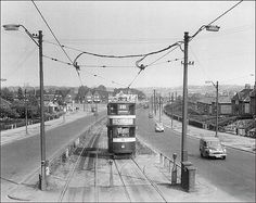 Although taken over fifty years ago its amazing to see that hardly anything has changed within this urban landscape. Leeds England, Yorkshire England, West Yorkshire, Beeston Leeds, Leeds City, Old Images, Old Pictures, Old Photos, My Town