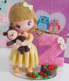 Princesinha e seu urso!  #mashaeourso #festamashaeourso #festainfantil #topodebolo #festamenina #festaurso #bolomashaeourso #decoracaodefesta #decoracaomashaeourso #festa2anos #velabiscuit #velamashaeourso
