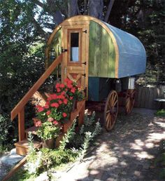 House 39 s on pinterest micro house tiny houses cost and for Microhouse cost