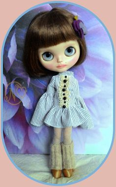 Cute Blythe doll 5 pieces outfit* dress* boots* dress hanger* socks*