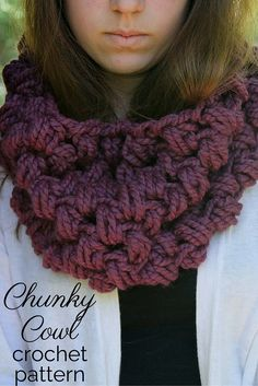 Chunky Cowl Crochet Pattern. This gorgeous and elegant cowl is incredibly easy to crochet, and makes a wonderful fall and winter accessory. Ideal for holiday gift giving because it's quick and fun to make!