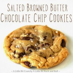 A Little Bit Crunchy A Little Bit Rock and Roll: Salted Browned Butter Chocolate Chip Cookies--Bake minutes, a partial scoop made a pretty big cookie. Salted Chocolate Chip Cookies, Coconut Hot Chocolate, Chocolate Cake, Baking Recipes, Cookie Recipes, Dessert Recipes, Easy Recipes, Just Desserts, Delicious Desserts