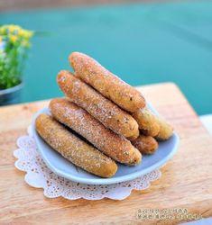 쫄깃쫄깃 멈출 수가 없어![찹쌀스틱]..찹쌀도넛만들기,찹쌀도넛 : 네이버 블로그 Sausage, Meat, Baking, Food, Food Food, Sausages, Bakken, Essen, Meals