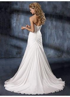 Buy Elegant Exquisite Charm Strapless Wedding Dress