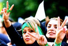 No pueden sustituir a Ahmadineyad. El Consejo de Guardianes de la Revolución ha eliminado de la carrera por la Presidencia iraní a todas las mujeres que se habían postulado –tres decenas–.  http://elmed.io/no-pueden-sustituir-a-ahmadineyad/