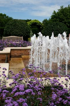 Garden fountains - Chicago Botanic Garden