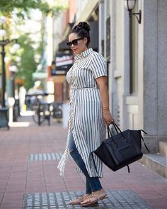Shirtdress over jeans on repeat now that the weather is transitioning from winter to spring! More tips & tricks on building a transitional wardrobe using things already in your closet over on #GirlWithCurves today.  Find outfit details at the link in my profile or http://liketk.it/2uSfz #liketkit @liketoknow.it . . . . #whatiwore #ootd #outfitinspo #outfitideas #streetstyle #streetfashion #celinephantom #fashiondiaries #igstyle #igfashion #mondaymood #ontheblog #styleblogger #bayareablogger…