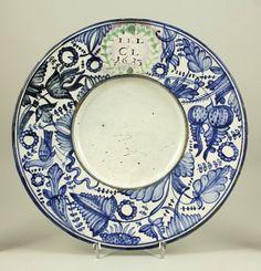 IMM gyűjtemények Pottery, Plates, Ceramics, Tableware, Creative, Handmade, Ceramica, Licence Plates, Ceramica