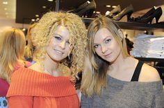 Marta Wiśniewska z siostrą Małgorzatą Dreadlocks, Crown, Hair Styles, Beauty, Fashion, Hair Plait Styles, Moda, Corona, Fashion Styles