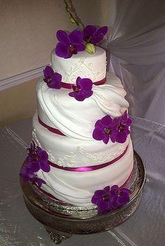 Gold And Purple Wedding Cakes | Wedding Cake Ideas