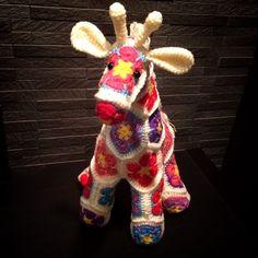 毛糸ズキ!: アフリカンフラワーのあみぐるみ キリン african flower