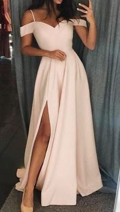 prom shoe Ivory long prom dress with straps, gorgeous long prom dress 2020 . prom shoe Ivory long prom dress with straps, gorgeous long prom dress 2020 jugendweihe dress dress a line d. Pagent Dresses, Straps Prom Dresses, Pretty Prom Dresses, Ball Dresses, Cute Dresses, Beautiful Dresses, Simple Dresses, Ivory Prom Dresses, Dresses Dresses