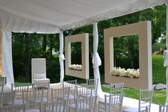 Create Window Boxes in a Tent to Make a More Intimate Feeling