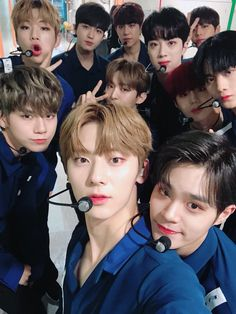 Cre: the owner/as logo One Twitter, Twitter Update, Nu Est Minhyun, You Are My World, Guan Lin, Asian Babies, Ong Seongwoo, Kim Jaehwan, Ha Sungwoon