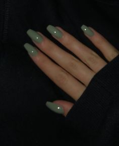 Cute Acrylic Nails 605312006154468253 - Art_second_maria November 03 2019 at fashion-inspo Simple Acrylic Nails, Best Acrylic Nails, Acrylic Nails Green, Aycrlic Nails, Swag Nails, Coffin Nails, Manicures, Glitter Nails, Milky Nails