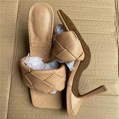 Women's Pumps, Pump Shoes, Unique Heels, Stripper Shoes, Spike Heels, Womens High Heels, Types Of Shoes, Blue Shoes, Heeled Mules
