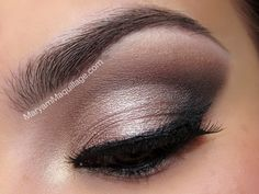 Love this eyeshadow-Boudoir Eyes from Too Faced! My anniversary gift from my hubby :)