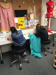 Just Crafty Enough – Teaching Kids to Sew | Helpful thoughts for when working on Christmas sewing crafts with your kids!