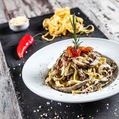 Photo by yalcinakcinar.com ©yalcinakcinar @yalcin_akcinar @kusadasi #food #project #branding #foodpics #instafood #instagood #instaphoto #photographer #advertising #canon5dsr #instudio #pasta #makarna #pinterest #restaurant #menu #italian #ristorante