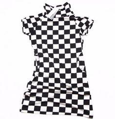 Rochie scurta de dama in carouri de la Sublevel Pret: 40 Lei Lei, Clothes, Outfits, Clothing, Kleding, Outfit Posts, Coats, Dresses