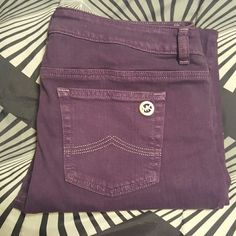 Michael Kors stretch pants Never worn, adorable color...only a few made Michael Kors Pants Skinny