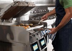 Beef up your Grilling Game with the New Garland XPRESS Grill by Sara Mariani Commercial Cooking Equipment, Commercial Ovens, Importance Of Light, Grill Plate, Catering Equipment, Breakfast Buffet, Screen Design, Types Of Food, Bathroom Ideas
