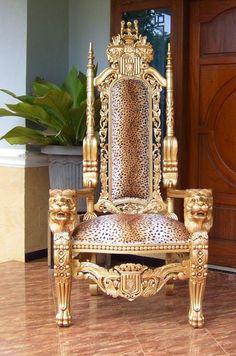 Animal print king chair