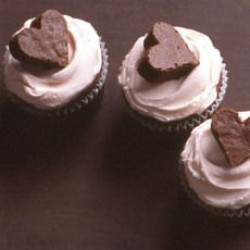 Brownie Heart Cupcakes! http://www.yummly.com/recipe/Brownie-Heart-Cupcakes-Martha-Stewart-225200