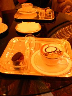 Le Café im Emirates Palace | Abu Dhabi | Camelchino | Haeppchen Glück | Cooking Worldtour