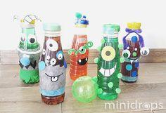 Benötigt werden: ✓ leere 0,2-0,5l Plastik-Flaschen ✓ masking tapes, Klebepunkte, Monsteraugen u.ä. Bastelzubehör ✓ Klebe, Schere, Lebensmittelfarbe Vorbereitung: Die Flaschen mit dem...