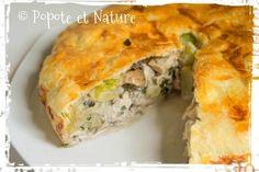 Tourte croustillante au poulet, aux champignons et aux courgettes