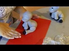 Paso a Paso en porcelana fria: Burrito soñador (2de3) - YouTube