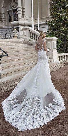 Alessandra Rinaudo Wedding Dresses 2017 / http://www.deerpearlflowers.com/wedding-dresses-we-love-for-2017/