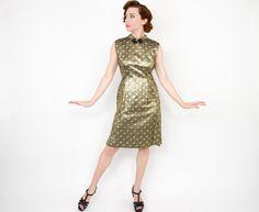 50er Jahre metallisches Gold Mantel Kleid von GlennasVintageShop