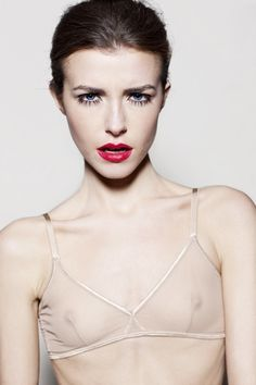 red lips Beauty Shoot, Red Lips, Camisole Top, Hair Makeup, Tank Tops, How To Make, Inspiration, Women, Fashion